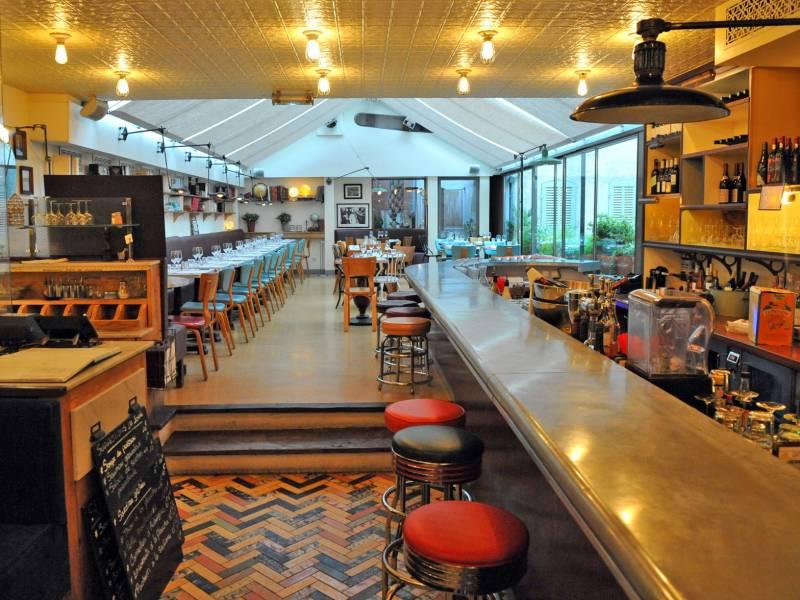 Caf populaire marseille rue paradis restaurants et - Restaurant poisson marseille vieux port ...