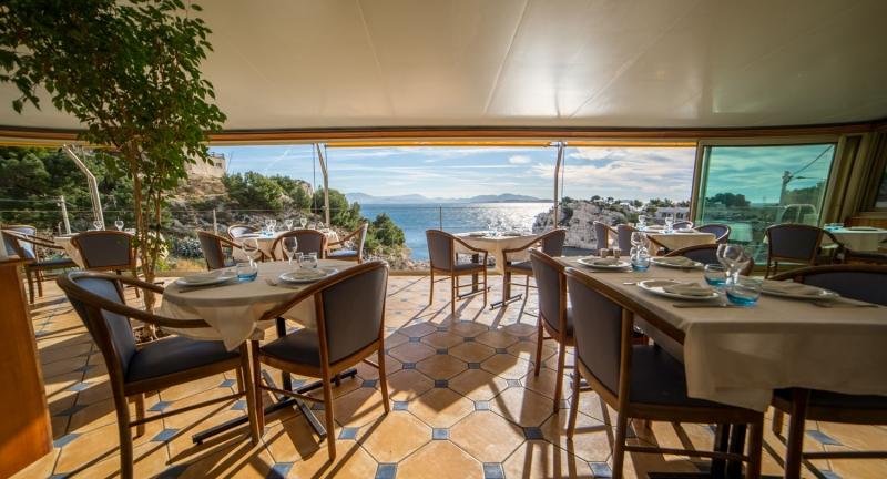 Les restaurants restaurants port et bord de mer marseille - Restaurant poisson marseille vieux port ...